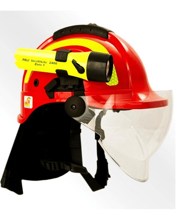 Tytan typ HOT - hełm dla ratowników z wizjerem