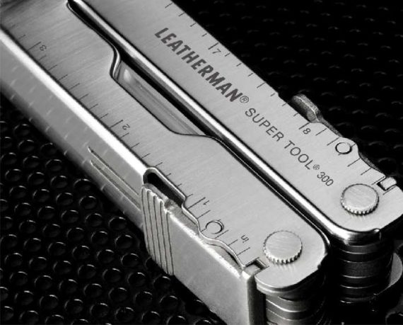 leatherman SuperTool300 HANDLE DETAIL 7